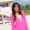 Pretty Transsexual Jonelle posing on the beach